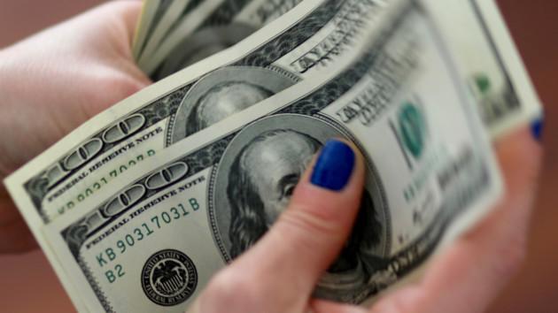 В Украине изменится курс доллара: эксперт озвучил прогноз