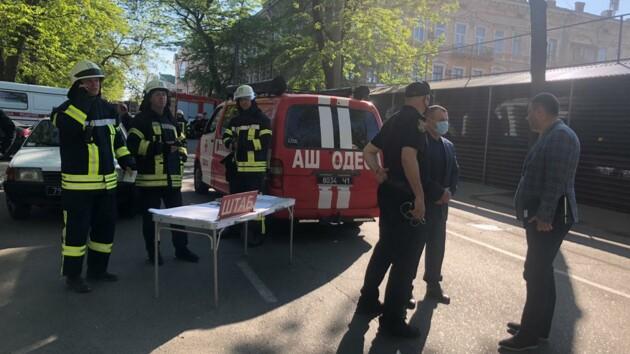 Обвал дома в Одессе: в полиции сообщили новые подробности