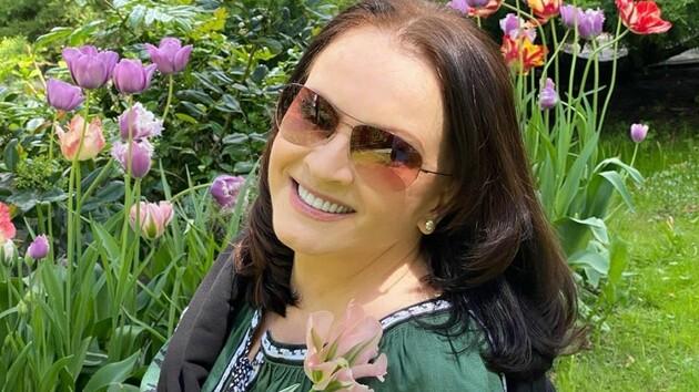 После долгого молчания: София Ротару в вышиванке восхитила внешним видом
