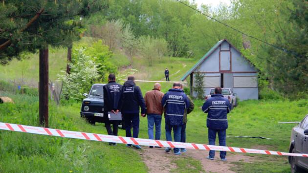 Бойня в Новоселице: журналист рассказал о нестыковках в деле о расстреле людей