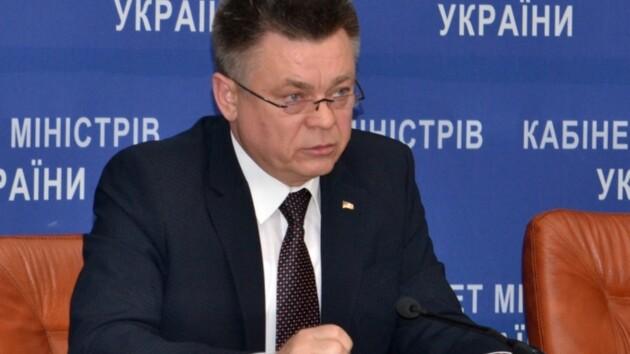Суд заочно арестовал экс-министра обороны времен Януковича