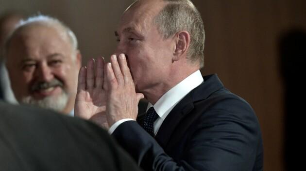 Путин рассказал, как часто сдает тесты на коронавирус