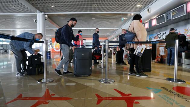 Инцидент в Афинах: МИД  просит не продавать украинцам авиабилеты в отдельные страны