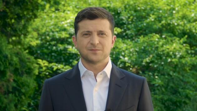 Наше государственное сокровище: Зеленский поздравил медиков с профессиональным праздником