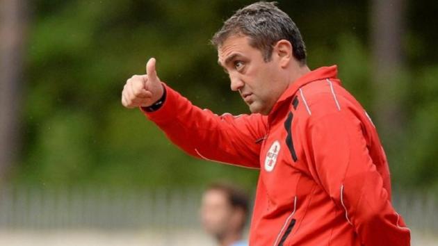 Грузин вместо армянина: названо имя нового тренера клуба украинской Премьер-лиги