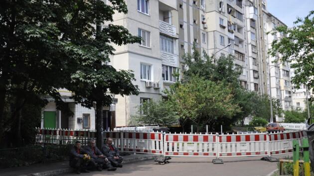 Взрыв на Позняках: в столичной многоэтажке сохраняется угроза обрушения