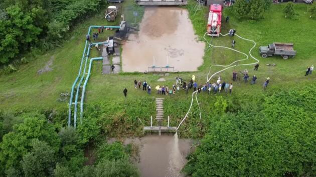 Потоп на западе Украины показали с высоты птичьего полета: уникальное видео