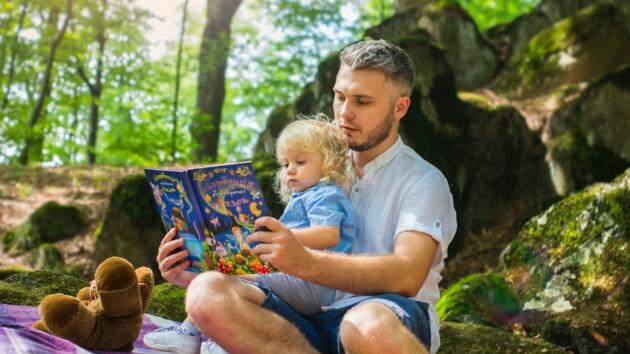 Декрет для отцов: в Украине хотят уравнять права родителей