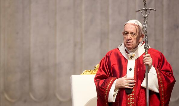 Папа Римский призвал молиться за пострадавших от наводнения украинцев