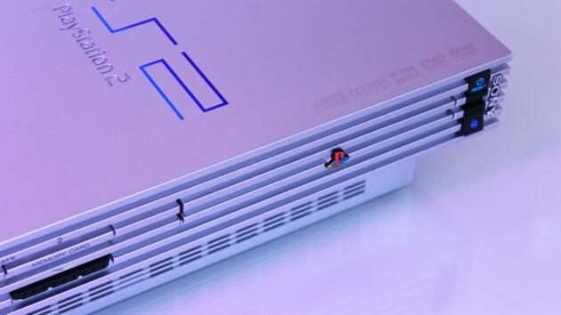 Хакер полностью взломал PlayStation 2