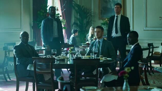 Три детективных сериала 2020 года, которые стоит посмотреть этим летом - онлайн на OLL.TV