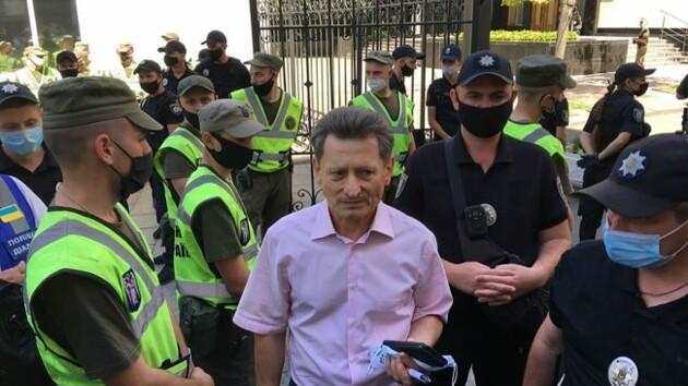 Полиция разгоняет шахтеров возле Офиса президента, есть пострадавшие, - Волынец