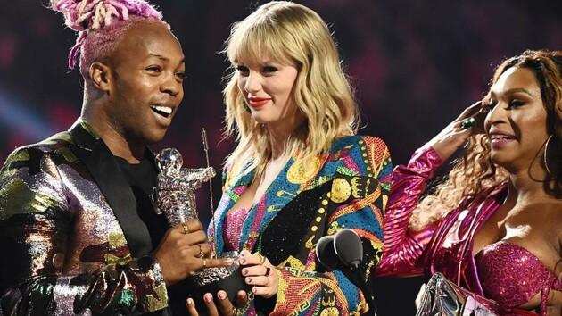 Церемония MTV Video Music Awards 2020 состоится, но с изменениями. Первое мероприятие после начала пандемии