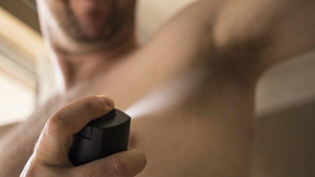 Вонючие подмышки против коронавируса: немцев просят забыть о дезодоранте
