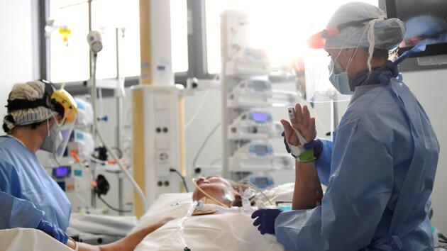 Кличко рассказал, сколько киевлян заразились коронавирусом и как заполнены больницы