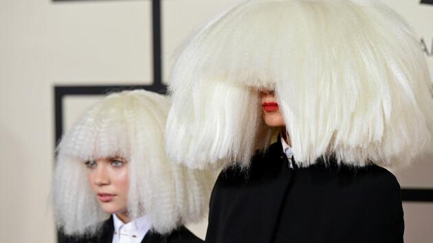 Певица Sia рассказала, как защитила свою юную танцовщицу от Харви Вайнштейна
