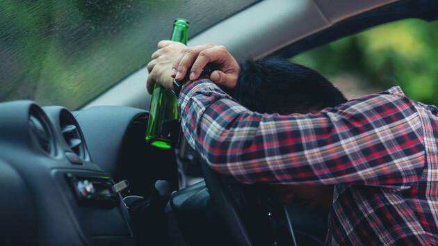 Штрафов не достаточно: в МВД хотят арестовывать пьяных водителей