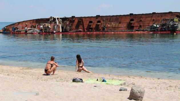 Названа сумма убытков от аварии танкера Delfi