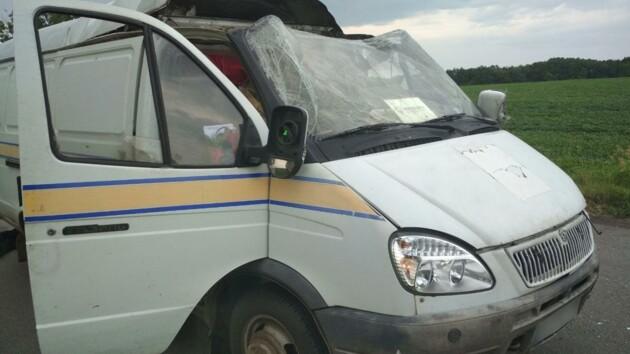 Под Полтавой взорвали автомобиль «Укрпочты»: похищены более 2,7 миллионов гривен (фото)