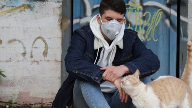 Два года в масках: эксперт рассказал, на скольков Киеве затянется карантин