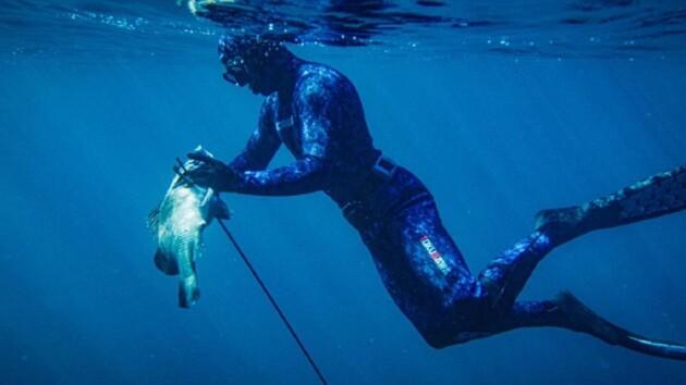 Откачивали 45 минут! Двукратный чемпион мира утонул во время подводной охоты