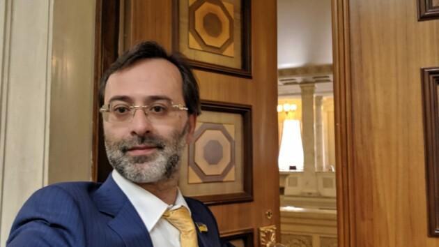 Беспрецедентное решение: ЕСПЧ отказался снимать иммунитет с экс-депутата Логвинского