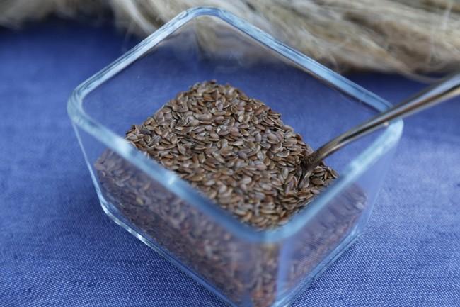 Лляну олію отримують з насіння