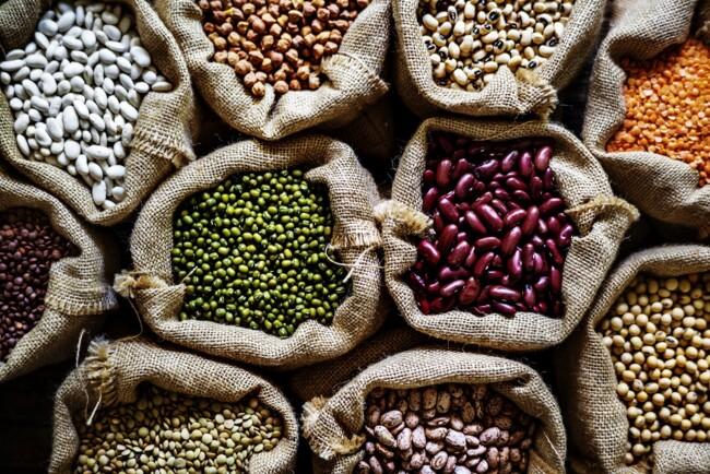 Бобовые, ТОП-5 сезонных продуктов сентября: что покупать в этом месяце