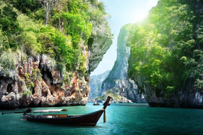 Таиланд планирует открыть границы для туристов с октября