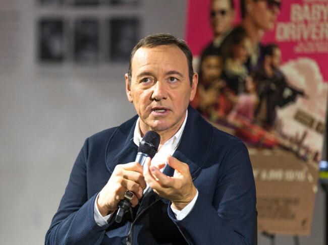 Скандального голливудского актера обвинили в развращении малолетних