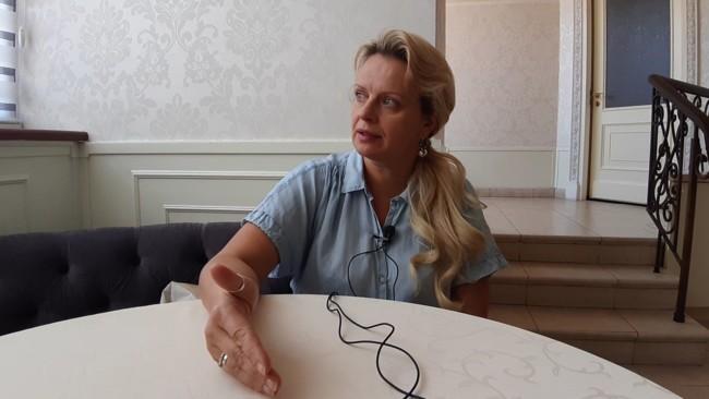 Ірма Вітовська готова допомагати політикам