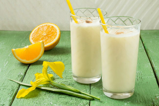 How To make A Milk Shake At home: Three Easy Recipes