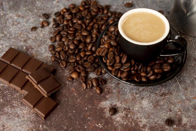 Чи безпечно вживати не більше 400 мг кофеїну в день