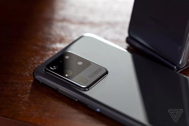 Фотомодуль Samsung Galaxy S20 Ultra со 100-кратным зумом