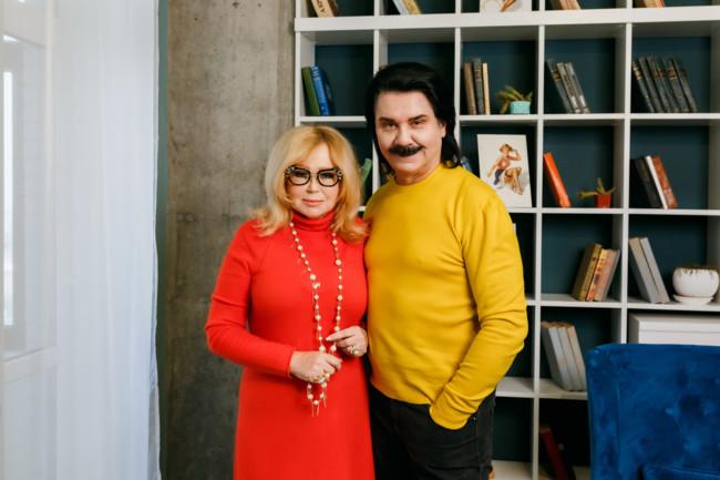 Украинский певец со своей супругой