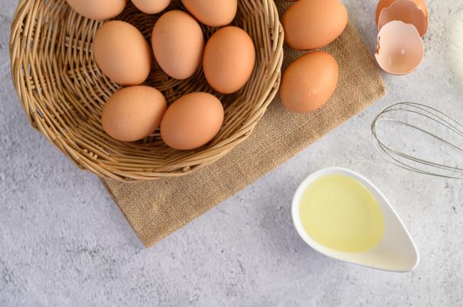 Куриные яйца различают по весу