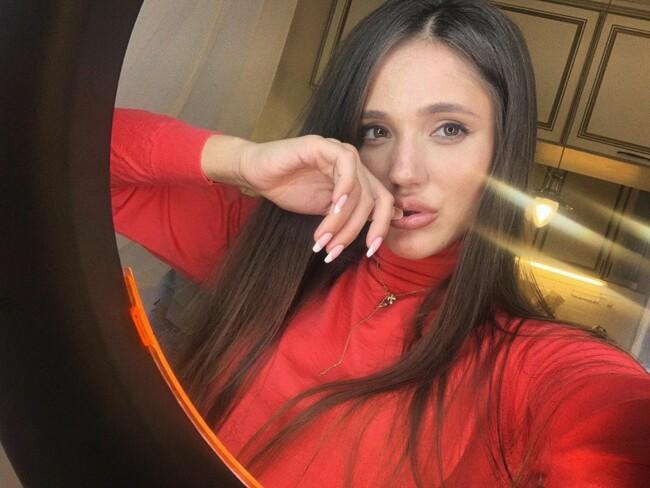 """Дар'я Ульянова перемогла в шоу """"Холостяк-10"""": що відомо про дівчину"""