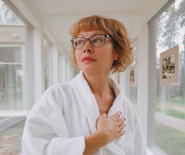 Відому російську акторку госпіталізували із коронавірусом