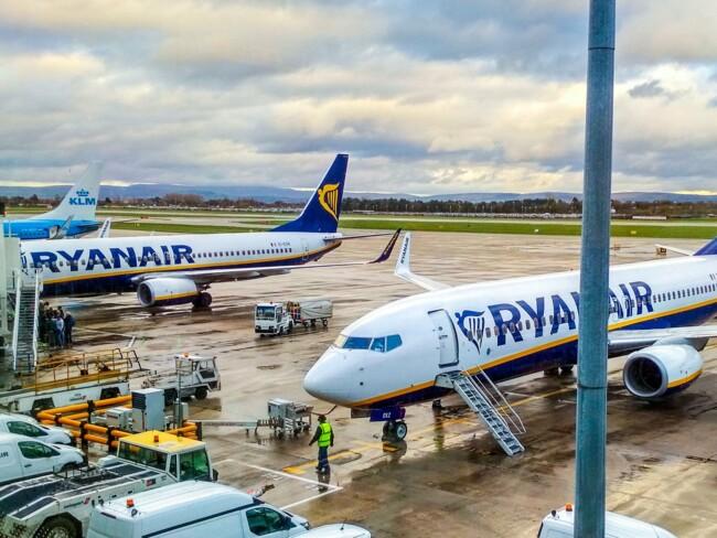Ryanair скасує більшу частину рейсів з України у вересні