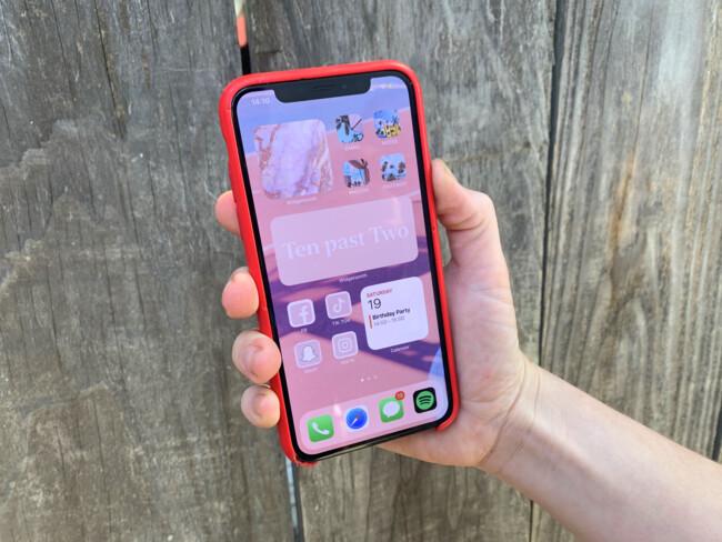 """Пользователи iPhone ощутили """"вкус свободы"""""""