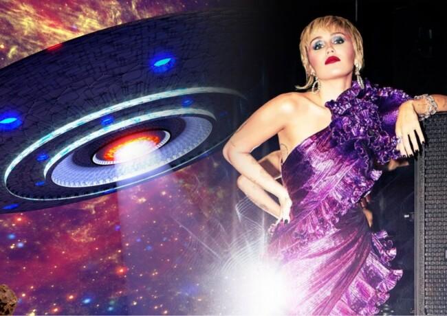 Майли Сайрус встретила НЛО: