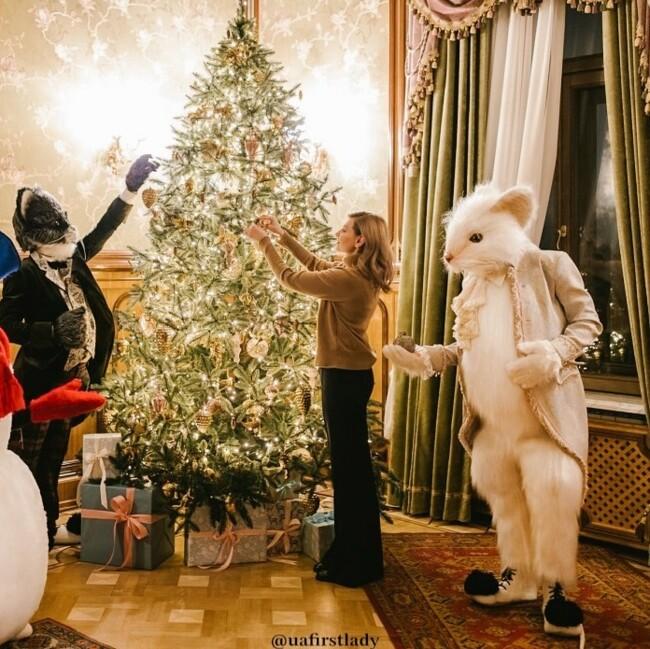 Праздник приближается: как украинские звезды украсили свои дома к Новому году и Рождеству
