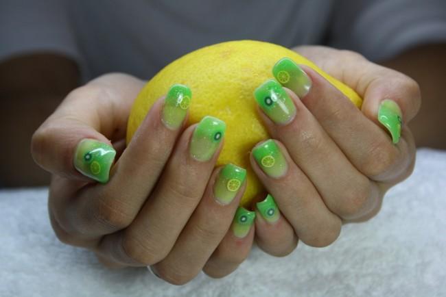 Как ухаживать за ногтями весной