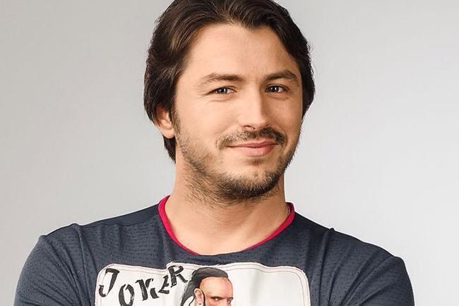 Ведущий Сергей Притула