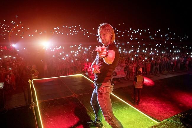 В новом туре Олег Винник представит песню с женским именем Фото: пресс-сужба