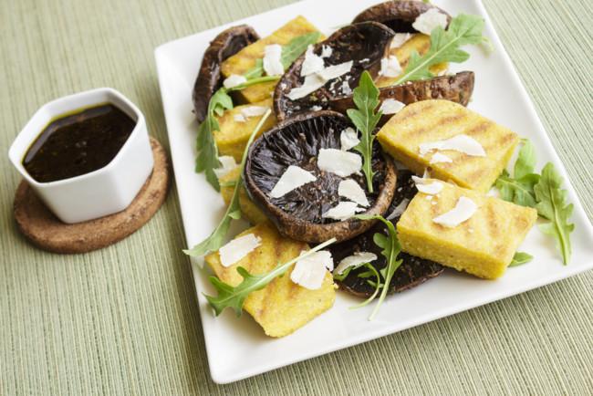 Фаршировані гриби на грилі: рецепт від Юлії Висоцької