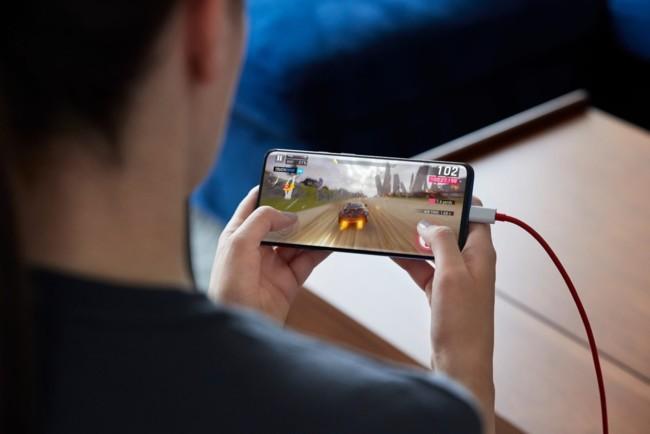 Первые смартфоны со Snapdragon 855 Plus появятся уже в этом году