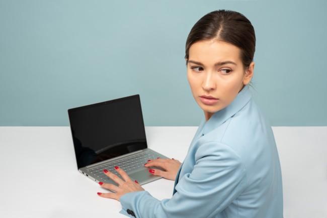 Новый патч ломает шрифты и не показывает фото на компьютере