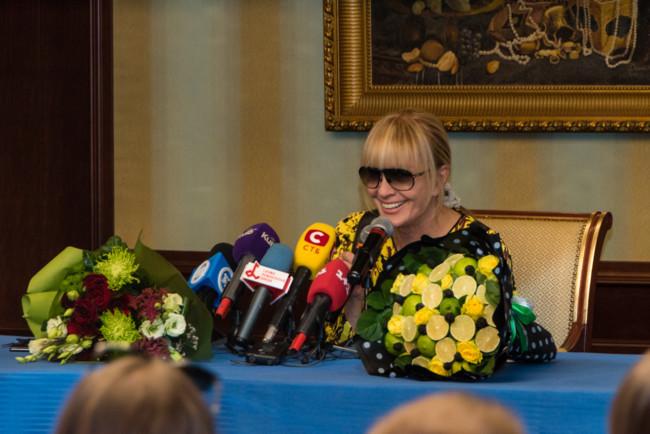 Певица Лайма Вайкуле на пресс-конференции в Киеве