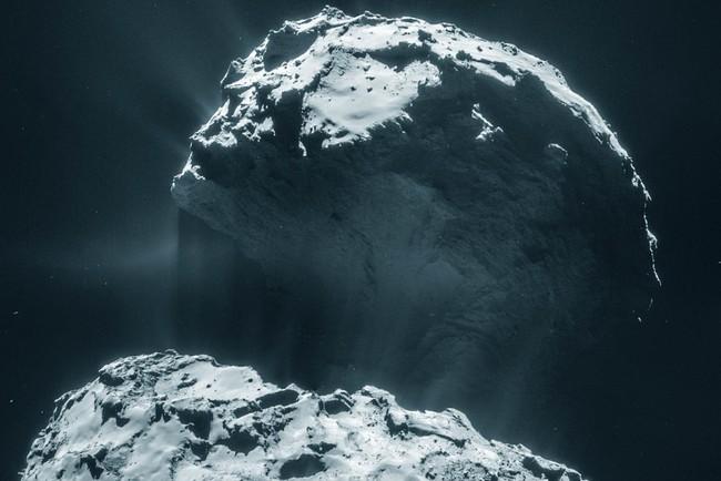 Комета 67P/Чурюмова-Герасименко показала еще один сюрприз астрономам